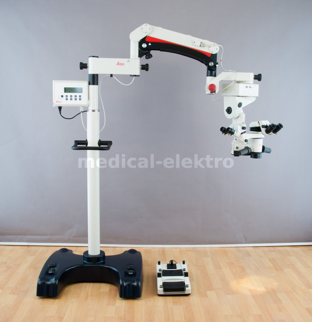 Surgical microscope LEICA M840